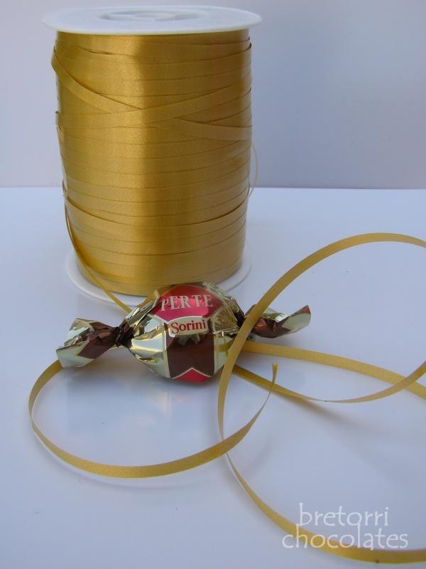 Stuha vázací zlatá