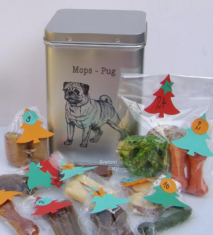 Mops - adventní kalendář pro psy 45 pamlsků / 360 g