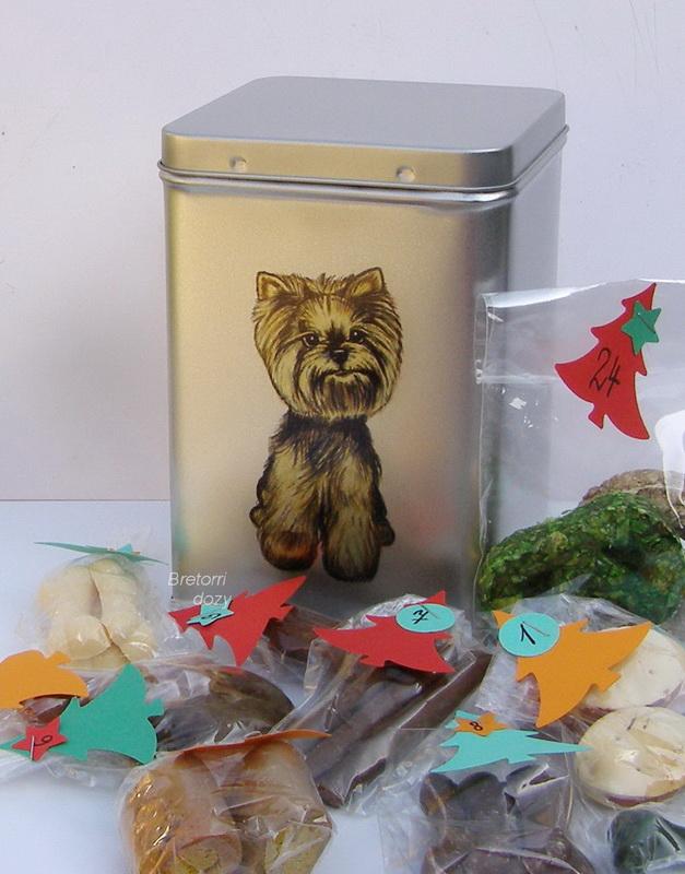 Jorkšírský teriér - adventní kalendář pro psy 45 pamlsků / 360 g