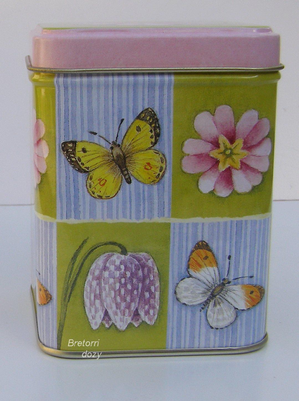 Čajová dóza - květy a motýli